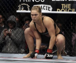 MMA-чемпионка Ронда Раузи побила Флойда Мейвезера —в Street Fighter 4