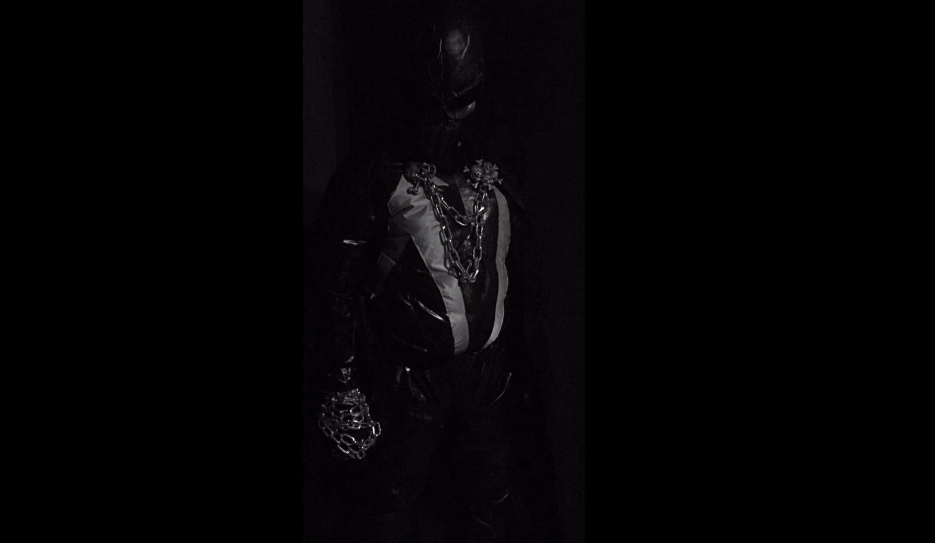 Химкинскому супергерою Жнецу не нравится сравнение с Бэтменом - Изображение 1