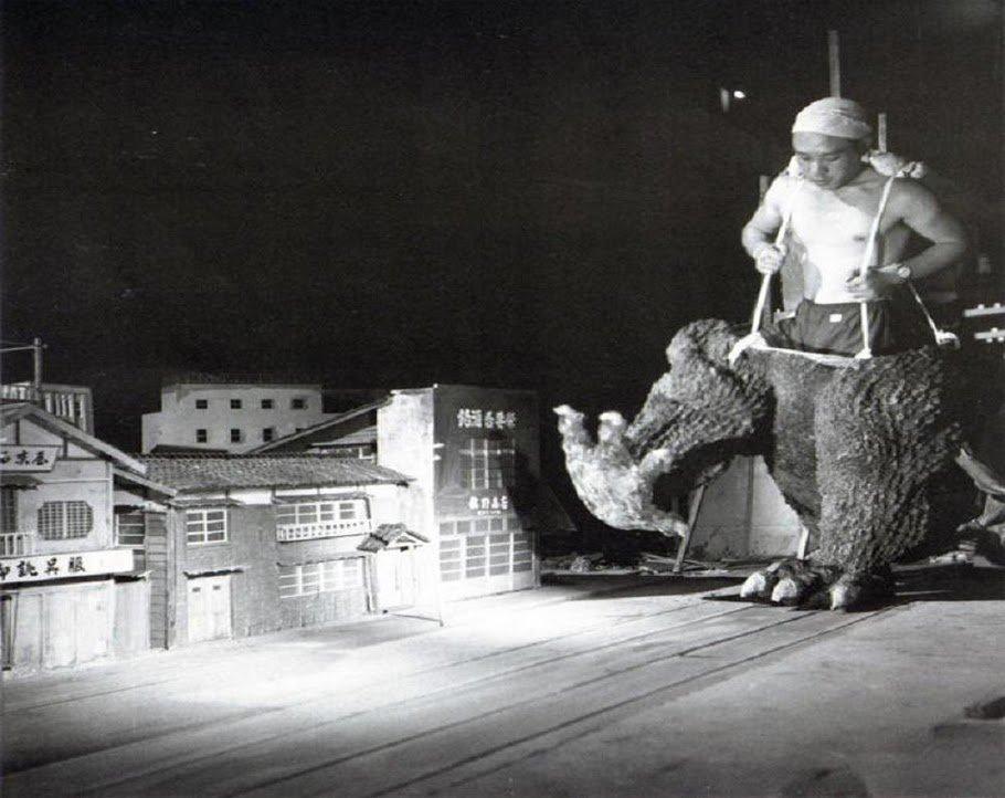 Атака пятидесятиметрового ящера: история Годзиллы - Изображение 3