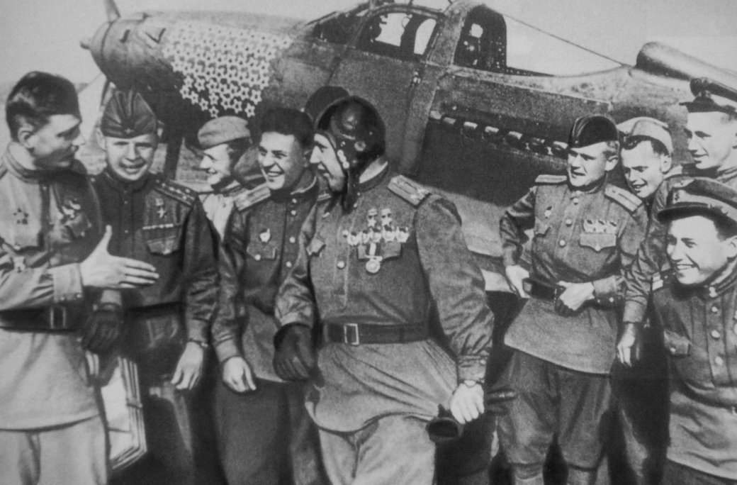 Летим, ковыляя во мгле: 5 великих советских летчиков. - Изображение 5