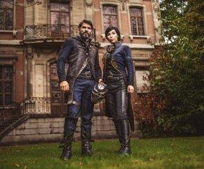 Косплей дня: Корво Аттано и Эмили Колдуин из Dishonored 2