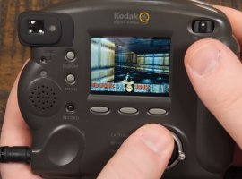 Классический Doom запустили нафотоаппарате 1998 года