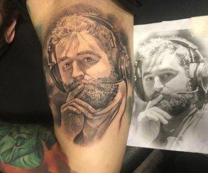 Поклонник бразильского игрока в CS:GO набил татуировку с его портретом