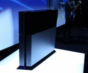 В марте Xbox One снова уступила PS4 по продажам в США