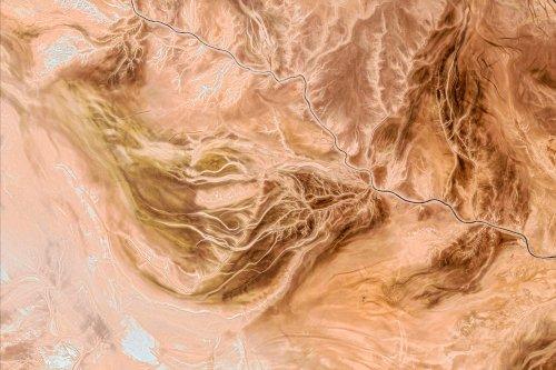 Коллекция Google Earth пополнилась тысячей новых фото поверхности земли. Вот 20 лучших снимков