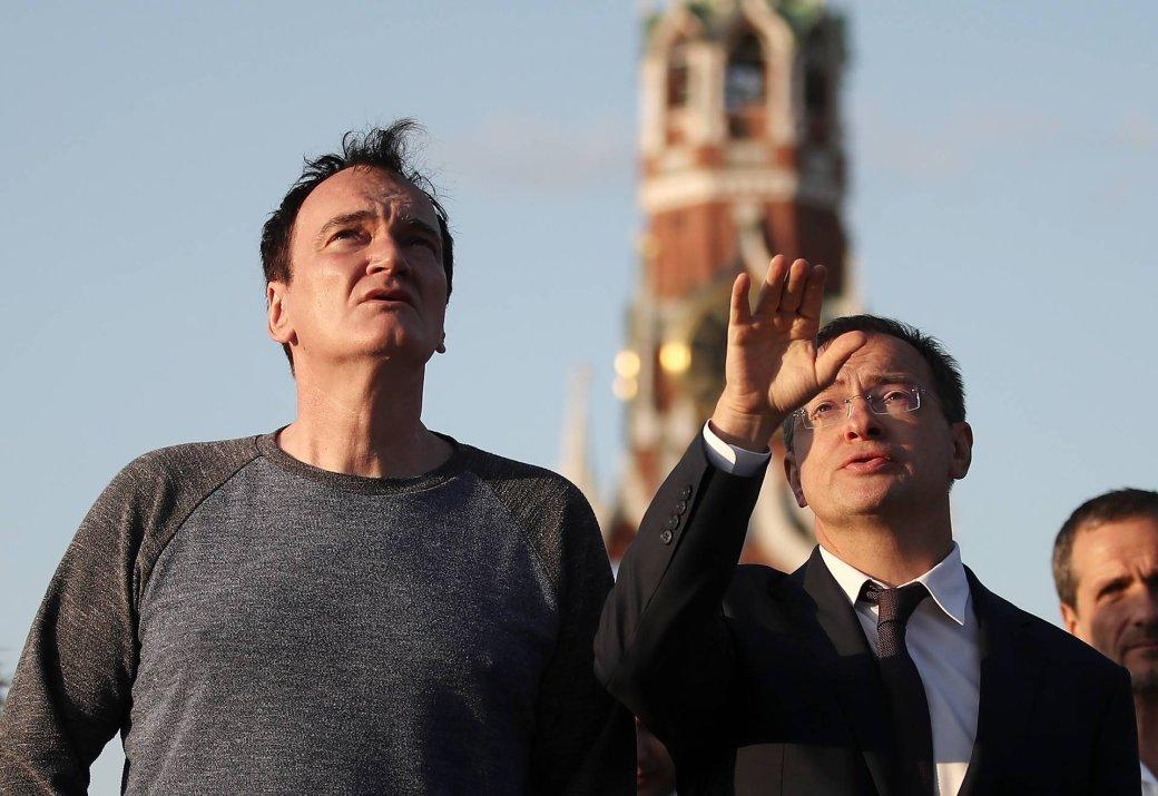 Квентин Тарантино посетил Москву! Мединский провел ему экскурсию | Канобу - Изображение 4