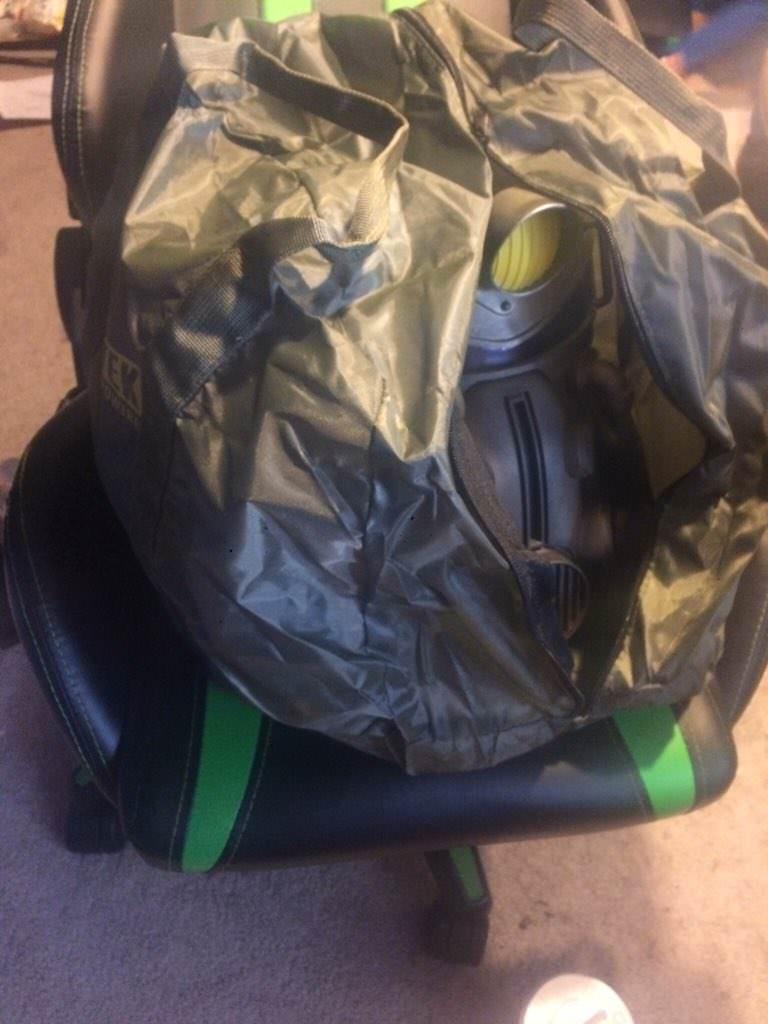 Купившие коллекционку Fallout 76 за $200 обнаружили вместо крутой холщовой сумки нейлоновую дешевку | Канобу - Изображение 10631