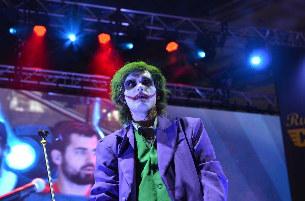 Фотоотчет с «Игромира» и Comic Con Russia, день 3 – Миша Коллинз | Канобу - Изображение 37
